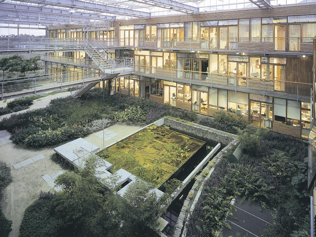 Michael singer studio alterra interior gardens for Garden structure design